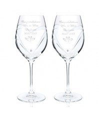 Personalised Small Hearts Swarovski Wine Glasses